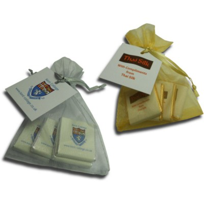 4 NEAPOLITAN CHOCOLATE in Gold or Silver Organza Bag