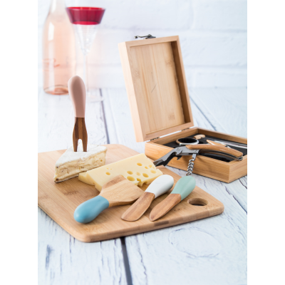 BAMBUSA BAMBOO CUTTING BOARD