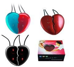 HEART SHAPE SET OF 2 MP3 PLAYERS