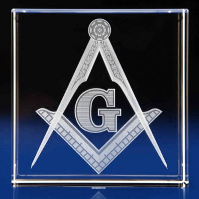 CRYSTAL GLASS MASONIC PAPERWEIGHT OR AWARD