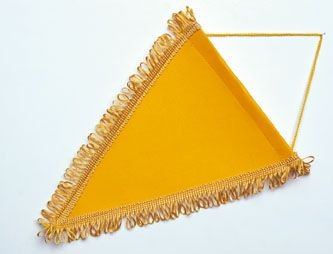 PENNANT TRIANGULAR