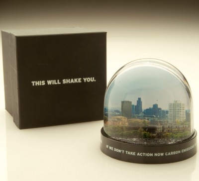 MODERN ROUND SNOW GLOBE SHAKER SNOW DOME SHAKER PAPERWEIGHT